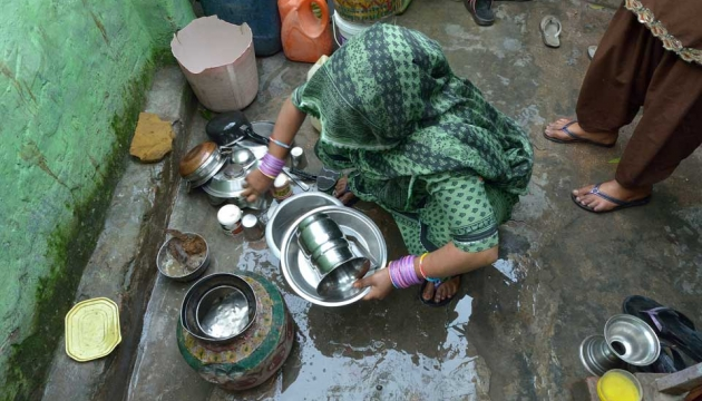 Washing up in poor community